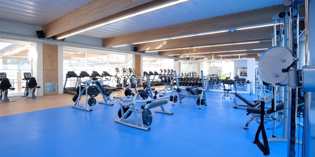 21ce6-Sala-de-fitness-Aqua-Sports-Lloret.jpg